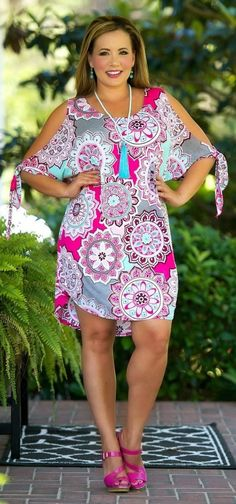 Perfectly Priscilla Boutique is the leading provider of women& trendy plus size clothing online. Our store specializes in one of a kind, plus size clothes. Curvy Fashion, Plus Size Fashion, Fashion Models, Fashion Fashion, Trendy Fashion, Trendy Plus Size Dresses, Plus Size Outfits, Over 50 Womens Fashion, Fashion Over 50