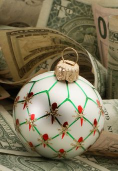 8 Easy Ways to Make Money for the Holidays