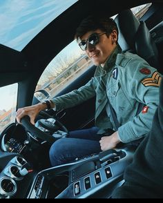 Aryton Senna, Sport F1, F1 Drivers, Karting, World Of Sports, Formula One, Cute Boys, Pilot, Exercise