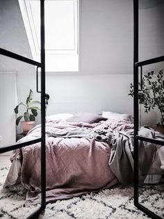 A Bright Scandinavian Apartment With A Dreamy Bedroom (Gravity Home) Scandinavian Style Bedroom, Scandinavian Apartment, Scandinavian Home, Bedroom Inspo, Home Bedroom, Bedroom Decor, Bedroom Ideas, Bedroom Designs, Bedroom Inspiration