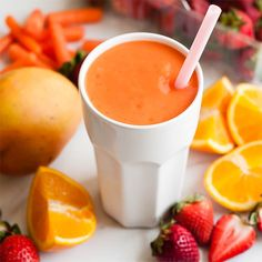 strawberry carrot mango smoothie - Glowing Skin Beauty Smoothie by Henry Happened Smoothie Bowl Vegan, Smoothies Vegan, Mango Smoothies, Carrot Smoothie, Easy Smoothie Recipes, Yummy Smoothies, Smoothie Drinks, Yummy Drinks, Healthy Drinks