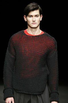 Male Fashion Trends: Punto Blanco Fall-Winter 2017 - 080 Barcelona Fashion 080 Barcelona, Barcelona Fashion, Casual Wear For Men, Stylish Mens Outfits, Crochet Men, Fall Winter, Winter 2017, Mori Fashion, Sport Man
