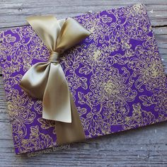 Wedding Guest Book Purple and Gold Flowers par EmersonBindery Wedding Invitations Examples, Wedding Stationary, Wedding Themes, Wedding Cards, Diy Wedding, Wedding Gifts, Dream Wedding, Wedding Ideas, Wedding Decor