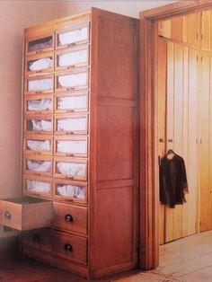 Armario para guardar la ropa de casa s banas toallas - Armario ropa blanca ...