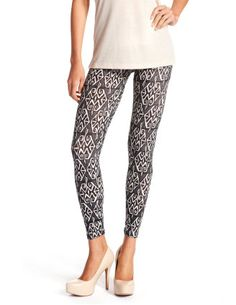 PRETTY! #leggings #legging #fitted #tribal #print #design #fashion #clothing #style #charlotterusse