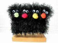 """Tiere & Monster - Fingerpuppe Birdie """"Rabe"""" - ein Designerstück von Rita-Hella bei DaWanda"""