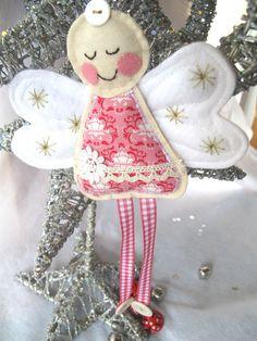 Pretty Pink Angel Dekoration von SnowFish auf Etsy