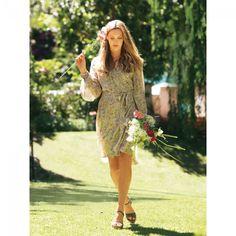 Robe portefeuille n°134 de Burda Style Avril 2011