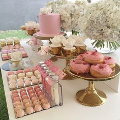 Pin by regina lott adams on party set up ideas сладкий стол, Dessert Party, Buffet Dessert, Pink Dessert Tables, Party Desserts, Wedding Desserts, Candy Buffet, Pink Candy Table, Desserts Roses, Rosa Desserts