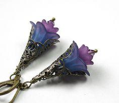 Vintage Style Purple Flower Earrings from jewelry by NaLa…