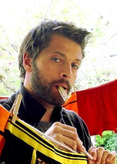 I didn't recognize him at first. Misha Collins, all rugged and badass looking. He looks a bit Russian, doesn't he?
