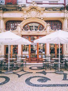 majestic cafe in porto, art nouveau cafe in europe, european coffee shop