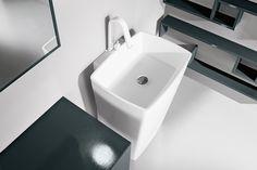 Dorico a parete - Lavandini bagno a colonna by Edoné Design