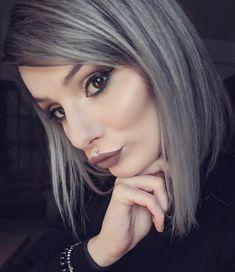 Medusa Piercing, Alternative Hair, What Do You See, Hair 2018, Grey Hair, Silver Hair, Hair Trends, Latest Trends, Hair Color
