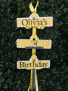 Bumble Bee Birthday... maybe this is a sign that we really should do a bumble bee party for my Olivia! :)