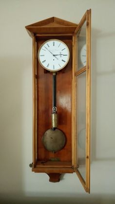 Early biedermeier clock(Dachluhr)