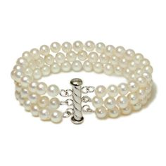 Freshwater cultured pearls in a beautiful bracelet. Love it!