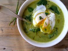 An Easy, Paleo Broccoli Spinach Soup Recipe that is Healthy & Hearty served with creamy poached eggs on top. 301.7 Calories