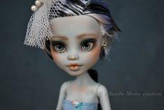 Achat OOAK Monster High Custom Repaint Doll Frankie Stein Skull Shores | eBay