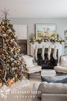 This year the debate is everywhere on social media - when is the perfect time to decorate for Christmas? Do you put up holiday decor after Halloween, or around Thanksgiving? Do you wait until December 1? Here are my thoughts and musings about when to put up Christmas decorations in your home. - miss mustard seed #missmustardseed | blue and white christmas decor | holiday living room Country Christmas Trees, French Country Christmas, Little Christmas Trees, Christmas Sale, White Christmas, Christmas Lights, Christmas Ideas, French Christmas Tree, Holiday Ideas