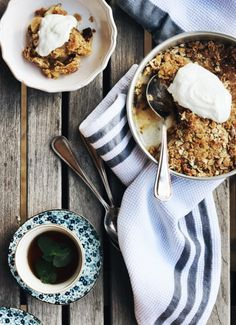Pear, Mint and Ginger Crumble www.fingerforkknife.com