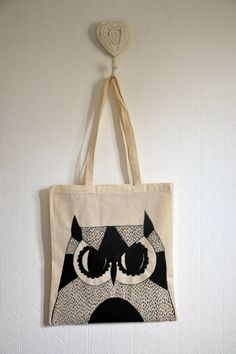 Owl tote Bag//owl gifts//Owl Art//Canvas Tote Bag//Canvas Bag//Owl Tote//owl gifts//owls//Cotton Tote//Market Bag//Hand Bag//Owl decor