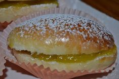 Spanish Dishes, Pan Dulce, Bakery Cafe, Baked Chicken, Hot Dog Buns, Gourmet Recipes, Muffin, Food And Drink, Sweets