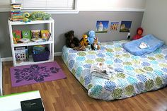 Montessori Bedroom and other ideas for make your home Montessori friendly