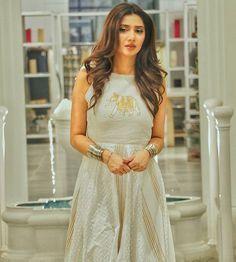 All About Mahira Khan Husband Ali Askari And His Second Marriage Mahira Khan Pics, Mahira Khan Dresses, Mahira Khan Husband, Maira Khan, Pakistan Wedding, Royal Dresses, Pakistani Actress, Pakistani Dresses, Pakistani Clothing