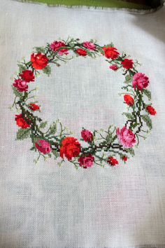 Wreath of Roses, who wouldn't love this little pretty. Cross Stitch Horse, Cross Stitch Flowers, Counted Cross Stitch Patterns, Cross Stitch Designs, Cross Stitch Embroidery, Cross Stitch Cushion, Bargello, Ribbon Embroidery, String Art