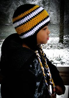 bbf32ba7cbe43 Steelers crochet hat - I'm making these for football season Oxford would  gunner and randy sport these? Margie Espinoza · Crochet Green Bay Packers
