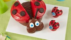 What's sweeter than a ladybug birthday cake? A ladybug birthday cake AND ladybug cupcakes!