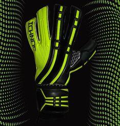 Ichnos Sports (@ichnossportswear) • Instagram - Ichnos Arcos gloves advert