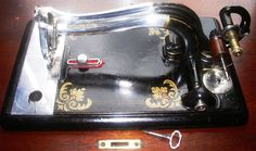 Grover & Baker #22 Early American Antique sewing machine,treadle,mahogany cab,