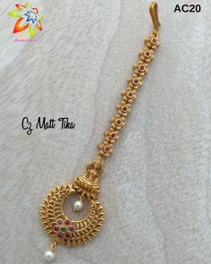 500 Code:ac 💖To order: DM or Watsapp @ 8825776997 Payment mode:Paytm/BHIM/TEZ/Bank… – figurative-trackers Jewelry Design Earrings, Gold Earrings Designs, Gold Bangles Design, Gold Jewellery Design, Gold Jewelry Simple, Stylish Jewelry, Headpiece Jewelry, Bindi, Chains