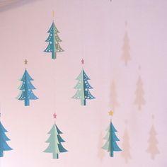モビール - クリスマス・ツリー(pink) -|モビール|ハンドメイド・手仕事品の販売・購入 Creema(クリーマ)