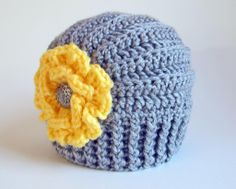 Tres Chic hat (ALL sizes!) - via @Craftsy