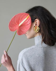 Spring collection online now! Spring collection online now! Spring collection online now! Jewelry Photography, Portrait Photography, Fashion Photography, Jewelry Model, Photo Jewelry, Kreative Portraits, Photography Reviews, Jewelry Editorial, Foto Art