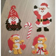 Christmas decorations hama beads by titania.1854