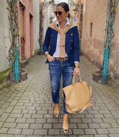 Classic Outfits For Women, Casual Work Outfits, Mode Outfits, Stylish Outfits, Fall Outfits, Fashion Outfits, Womens Fashion, Blazer Jeans, Elegantes Outfit Frau