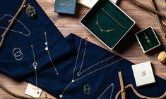 sesja świąteczna, szalik, biżuteria, minimalistyczna biżuteria, nowoczesna biżuteria, pomysł na prezent