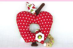 ♥ Greifling mit Rassel Apfel ♥  von Baby-Lara auf DaWanda.com
