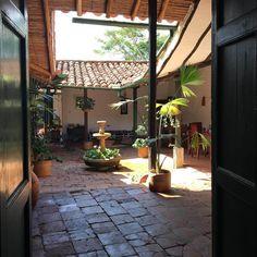 Hostales más parchados de Colombia | Travelgrafía Adventure Awaits, Travel Around, South America, Ideas Para, Patio, Bella, Outdoor Decor, Trips, House