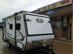 Check out this 2015 Coachmen Viking RVs 16 RBD-Viking listing in Warren, MI 48092 on RVtrader.com. It is a Travel Trailer and is for sale at $14995.