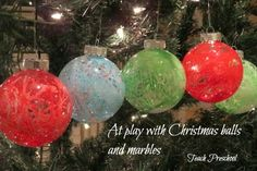 christmas gift ideas, christmas crafts, painted ornaments, christma ball, marbl paint, preschool, marbl play, marbl ornament, christmas gifts