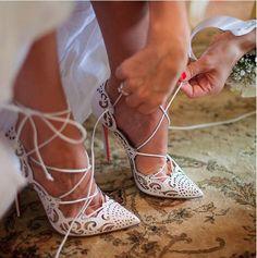 Inspiración de Zapatos de Novias | Inspirations Wedding Shoes Zapatos de Christian Louboutin Bridal Assistant - Lily Gomes