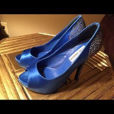 Royal blue Steve Madden embellished heels, 6.5 Royal blue satin Steve Madden rhinestone embellished heels, 6.5, beautiful, great for wedding or night out, excellent condition, original price $129, worn once Steve Madden Shoes Heels