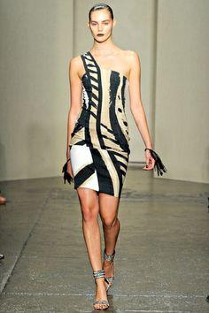 DONNA KARAN: PRIMAVERA VERANO 2012 (New York Fashion Week)