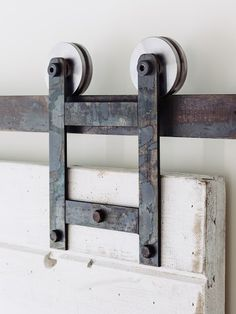 This is a beautiful brand new made in America with premium steel industrial/classic barn door hardware set. (Lifetime Warranty) Includes: (2) Modern Roller Straps (4 wheels) (1) Flat Track – Choose from several track lengths (4 or more) Spacer standoffs (2) Door Stops (1) Door...