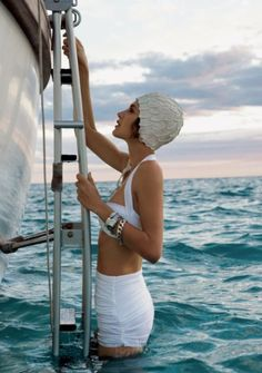 vintage swim style - classy mood bathing suit yacht Eleuthera island, Bahamas: model Marie-Eve Nadeau photographed by Gabor Jurina for Fashion CA stylist is Susie Sheffman Estilo Gatsby, Swim Caps, Am Meer, High Society, Mode Vintage, Vintage Style, Vintage Inspired, 50s Vintage, Vintage Girls